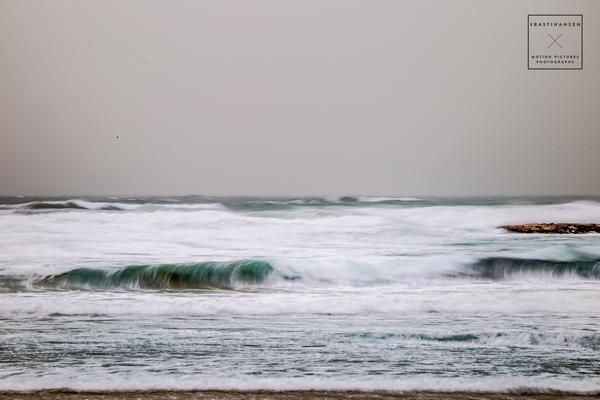 Tel-Aviv-Stormy-Beach-Front_BastiHansen_4