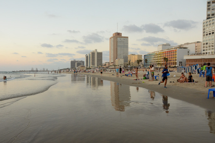 Tel Aviv boasts award-winning beaches. (Photo by Zoe Vayer/Flash90)