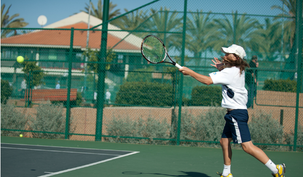 Yshai Oliel on the tennis court.