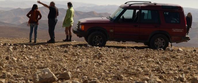 Jeep touring in Arad. Photo: Tal Glick