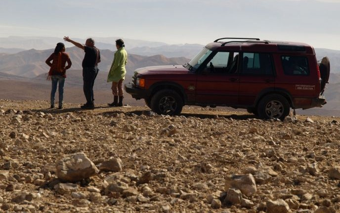 Jeep touring in Arad. Photo: Tal Glick