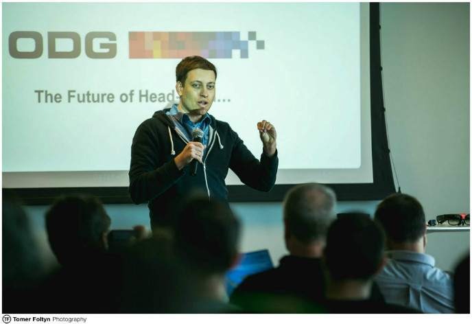 Nir Kouris speaking at a wearable technology event at Google Israel in February. Photo by Tomer Foltyn