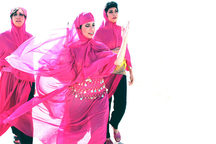 Fronting the A-WA band with modernized Yemenite melodies.
