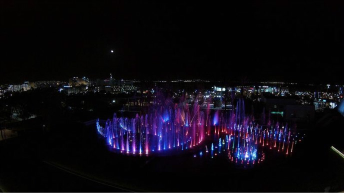 Eilat's Musical Fountain rivals Bellagio. Photo by Eshed Fountains