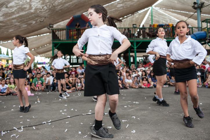 Kibbutz Tzuba's Shavuot festival. Photo by Noam Moskowitz/FLASH90