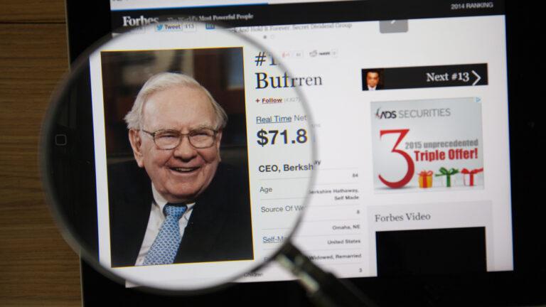 American billionaire Warren Buffett invests in eVolution Networks. (Shutterstock)
