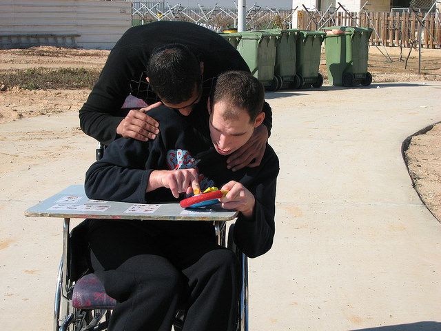 ALEH-Negev, prisoner volunteers, helping the disabled