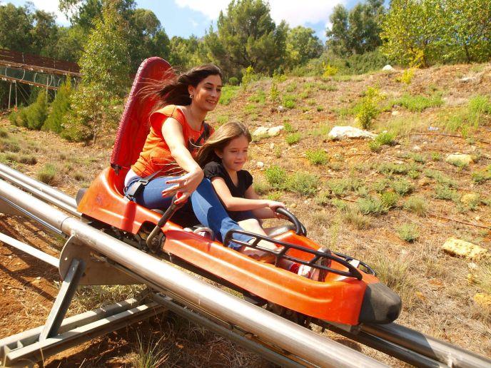 Menara Cliff extreme activities