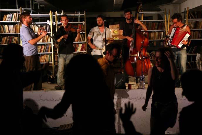 Yiddish lovers dance to Klezmer music at White Night in Tel Aviv .Tel Aviv. (Photo by Maya Levin / Flash90)