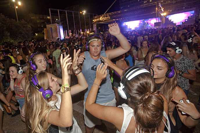 The annual headphones dance party takes place at Rabin Square from 10pm. (Photo by Dror Garti/Flash 90)
