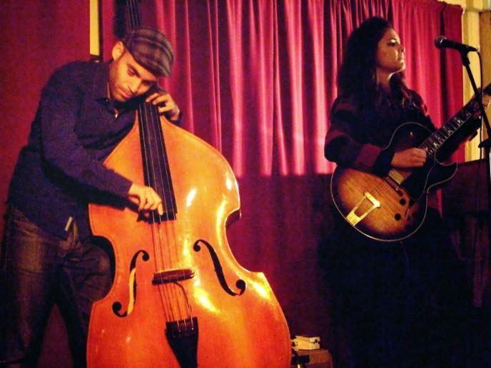Listen to live music at the Mitzpeh Ramon Jazz Club.