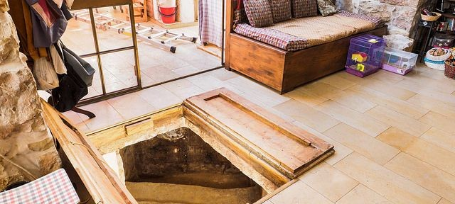 The owners installed trap doors over the mikvah opening. Photo by Assaf Peretz, courtesy of the Israel Antiquities Authority.