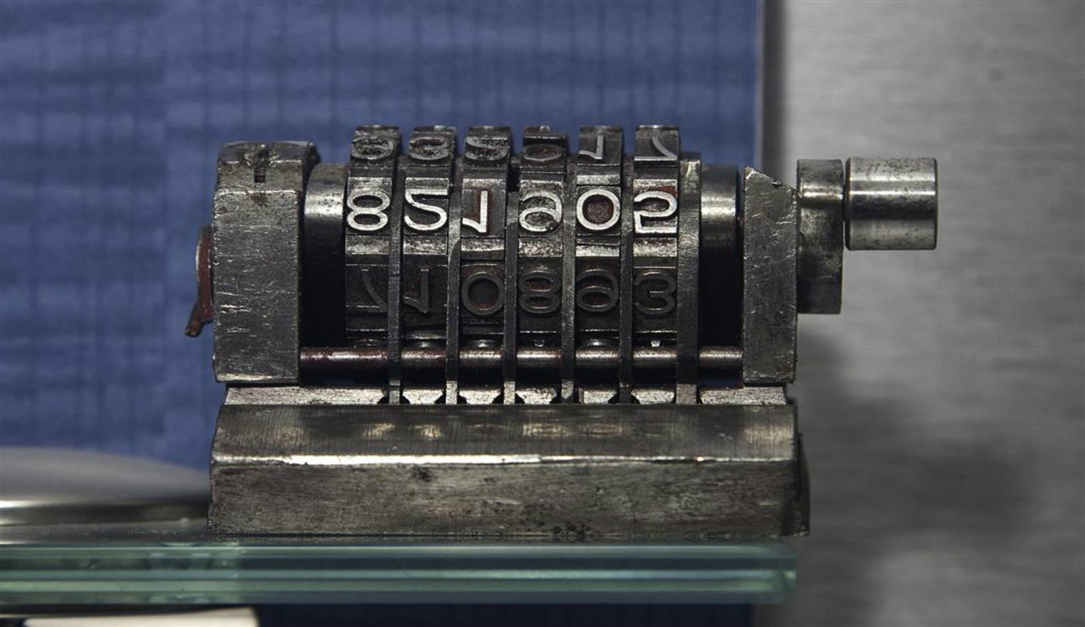 A steel numerator on display at MadaTech Israel National Museum of Science in Haifa. Photo by MadaTech Multimedia Studio