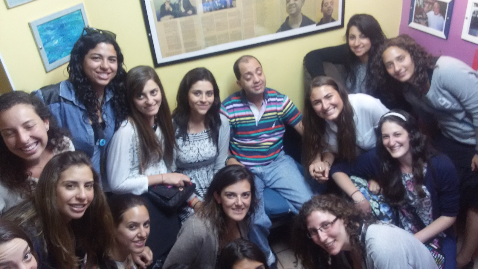 Students from Mexico meeting Yossi Samuels, the blind and deaf man for whom Shalva was founded. Photo: courtesy