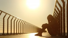 Bipolar depression raises risk of suicide five times. Image via Shutterstock.com