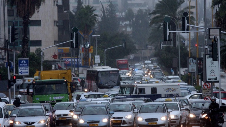 Tel Aviv traffic can be a nightmare. Photo by FLASH90