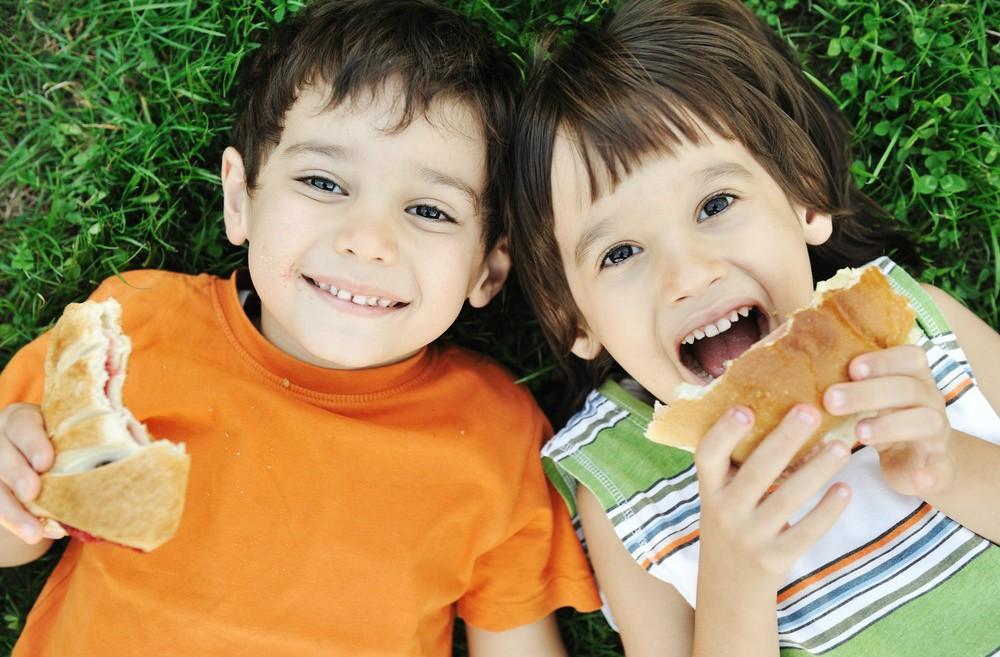 A whole-grain white bread children won't reject. Image via Shutterstock.com