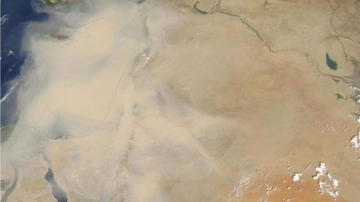 NASA publishes a spectacular image of the sandstorm sweeping Israel and the Middle East. Photo courtesy of NASA