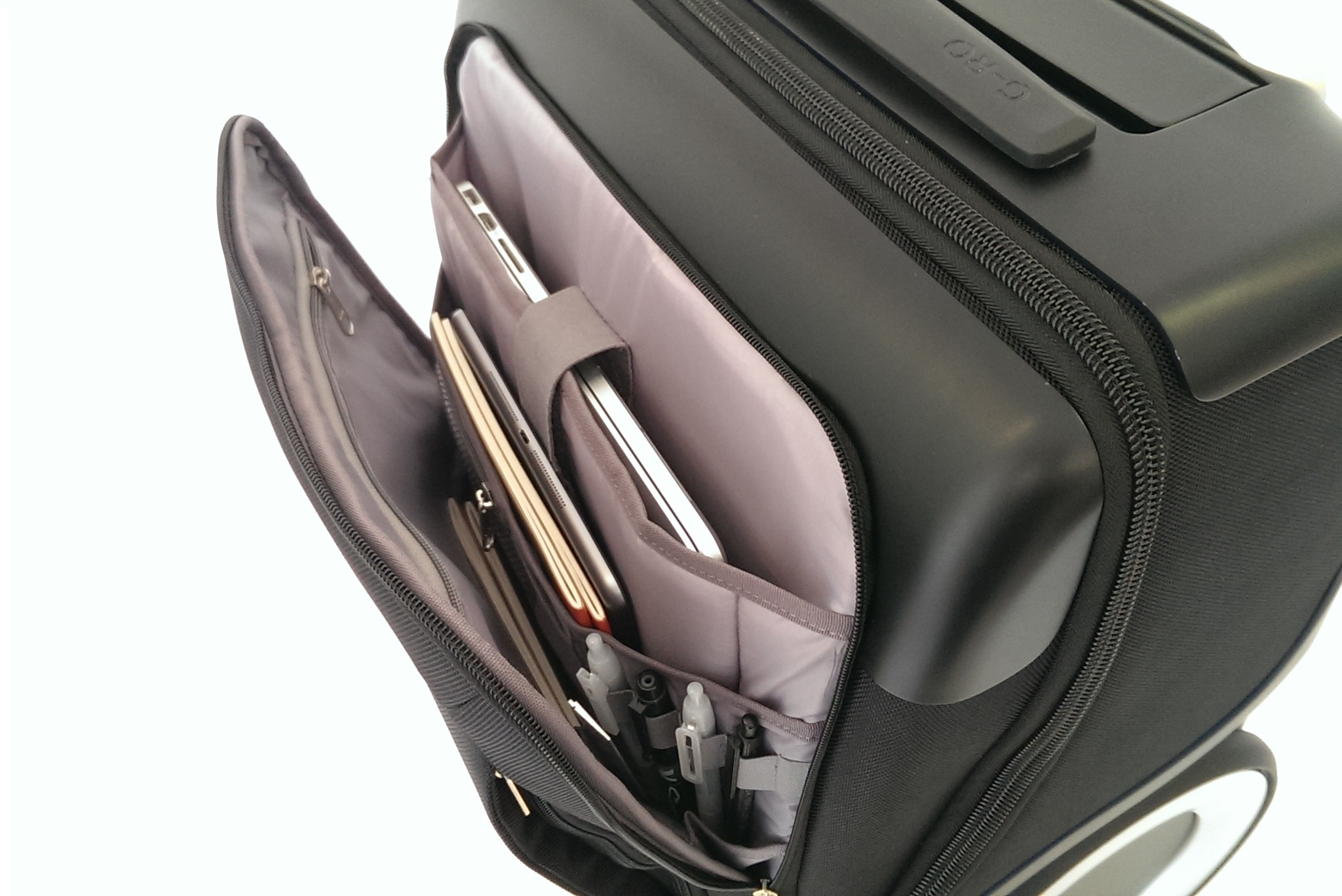G-RO bags have lots of helpful features, like this work compartment. Photo: courtesy