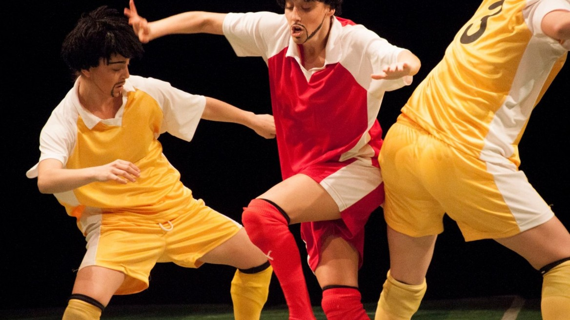 """""""InvisiBALL"""" features an all-female cast. Photo by Adi Alon"""