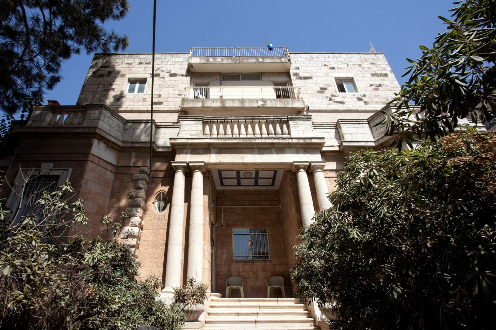 One of the old mansions of Romema. Photo by Yael Engelhart