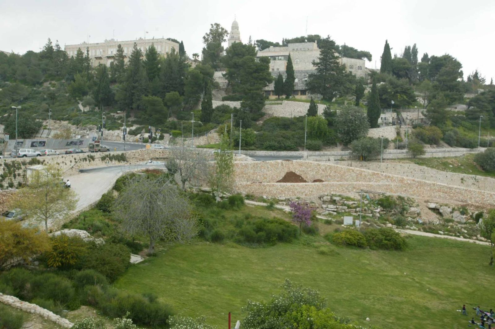 Photo of the Valley of Hinnom courtesy of BiblicalGeographic.com