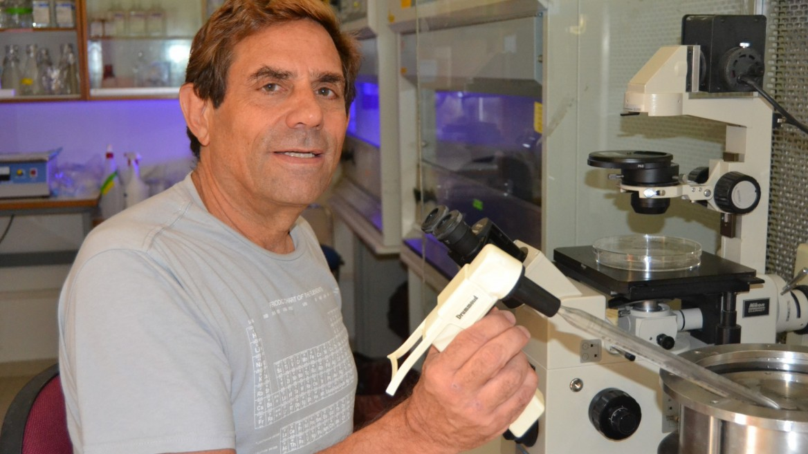 Prof. Eduardo Mitrani developed the proprietary platform technology. Photo courtesy