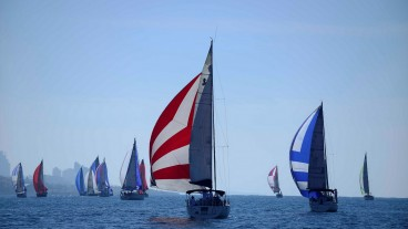 Sailing crews take part in the Israel Sailing Competition near Tel Aviv. Photo by Tomer Neuberg/Flash90