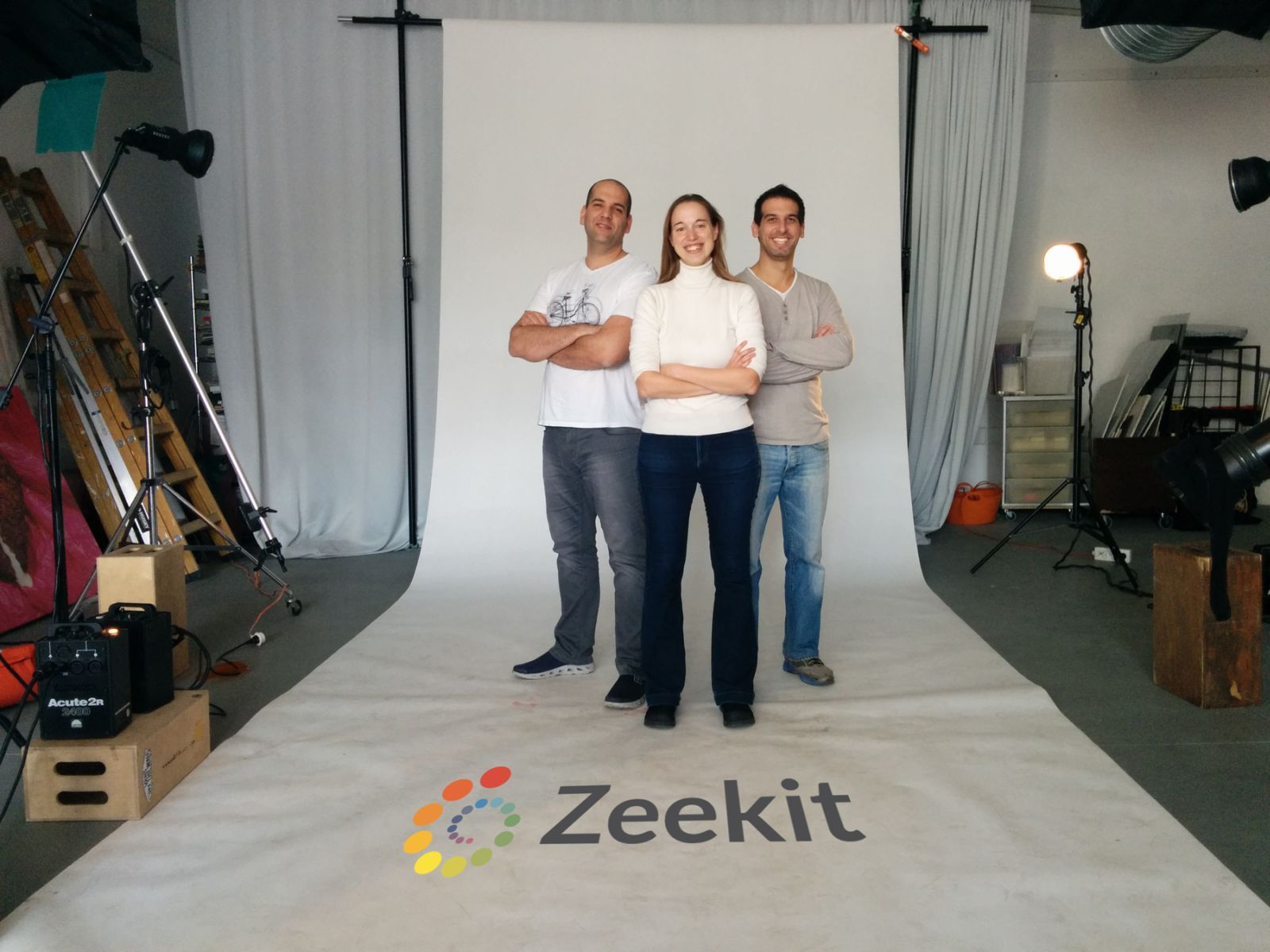 Yael Vizel flanked by Zeekit cofounders Alon Kristal, left, and Nir Appleboim. Photo: courtesy