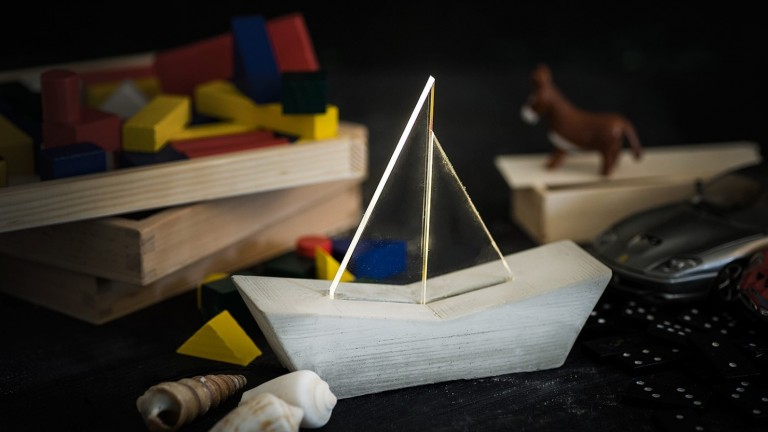 This sailboat lamp is part of the iLLuminite Nautical Collection. Photo: courtesy