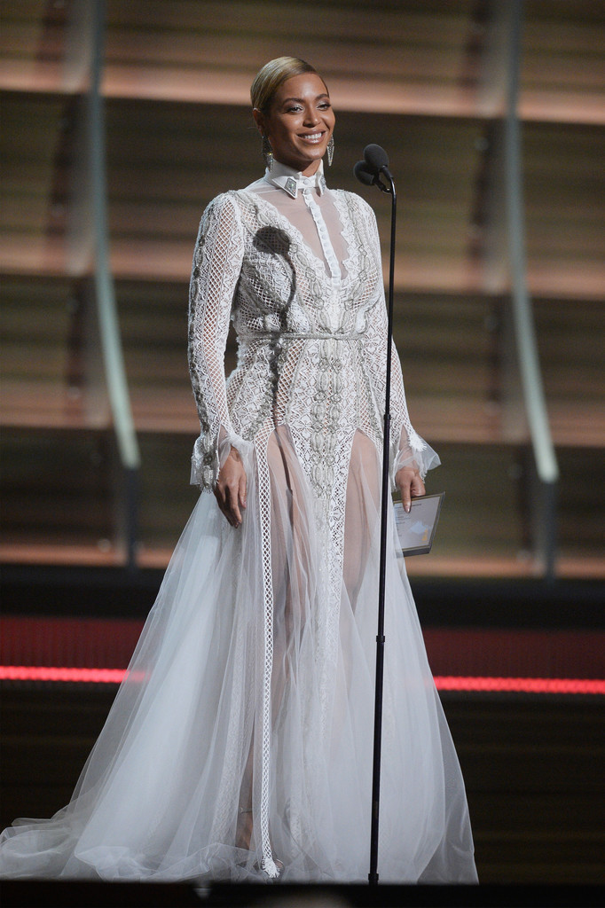 Beyoncé S Gown Is From The Inbal Dror Fall 2016 Bridal