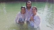Adamari López, Toni Costa and Maite Perroni at the Jordan River. Photo from instagram