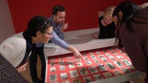 Participants in a KUNSTENISRAËL trip from Holland admiring Israeli art. Photo by Bernadette van Woerkom