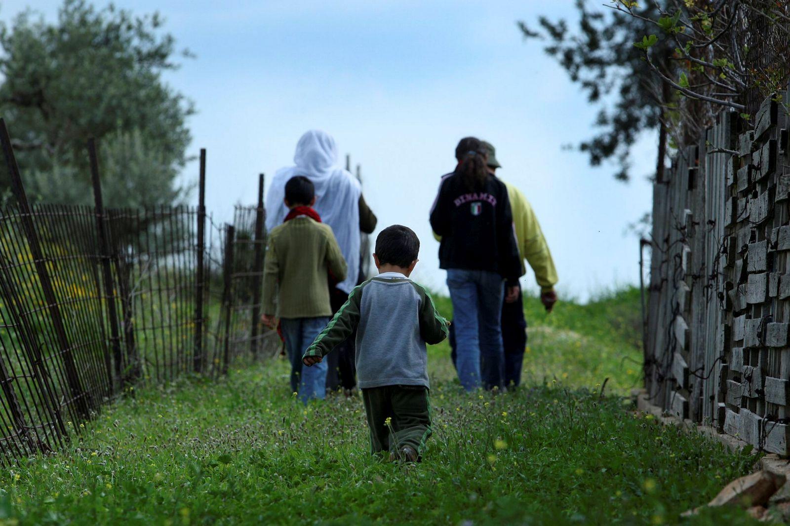 Druze Israelis walking in the Western Galilee. Photo by Moshe Shai/