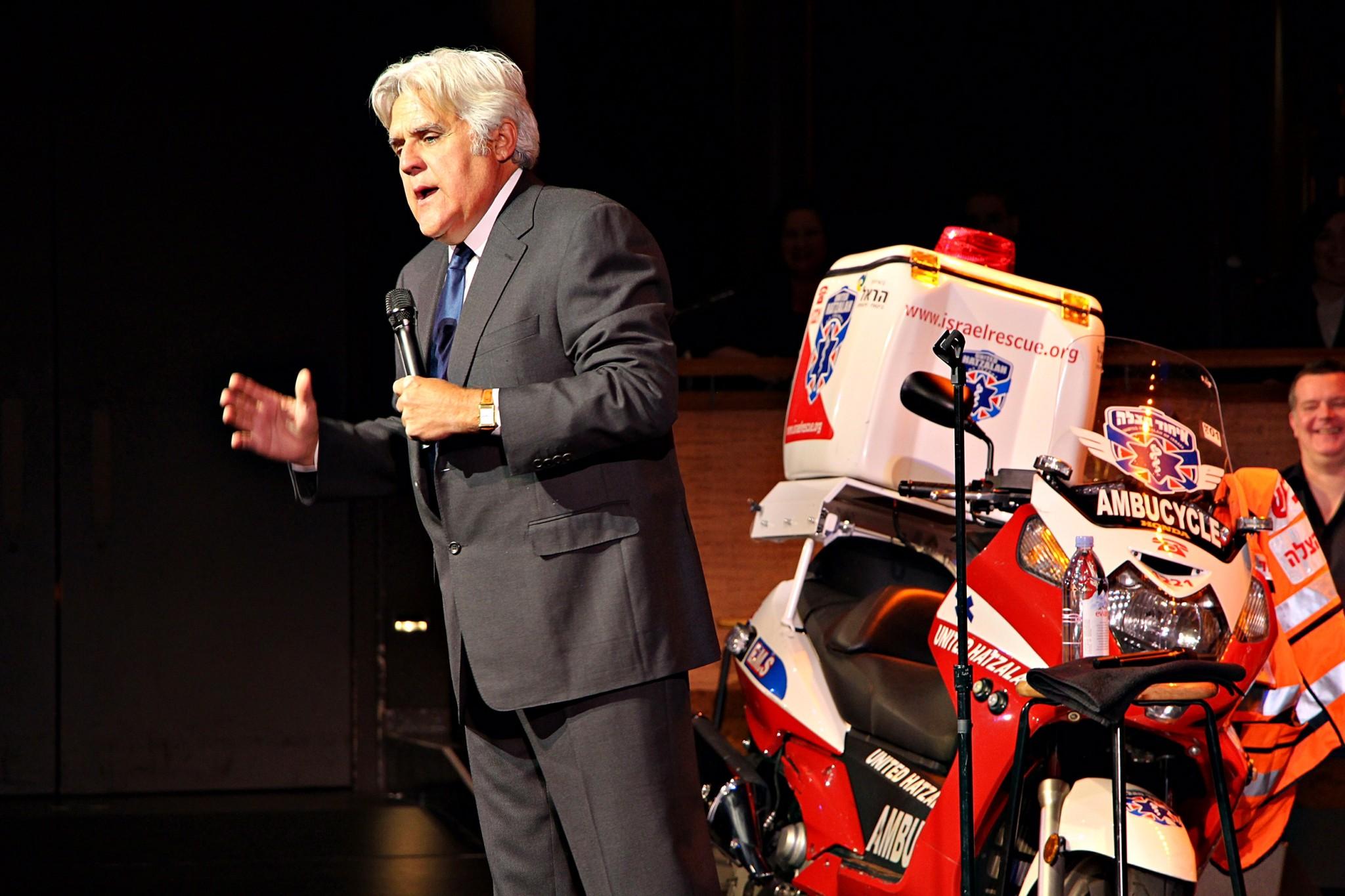 Motorcycle fan Jay Leno gives props to United Hatzalah ambucycle. Photo by Yadin Goldman