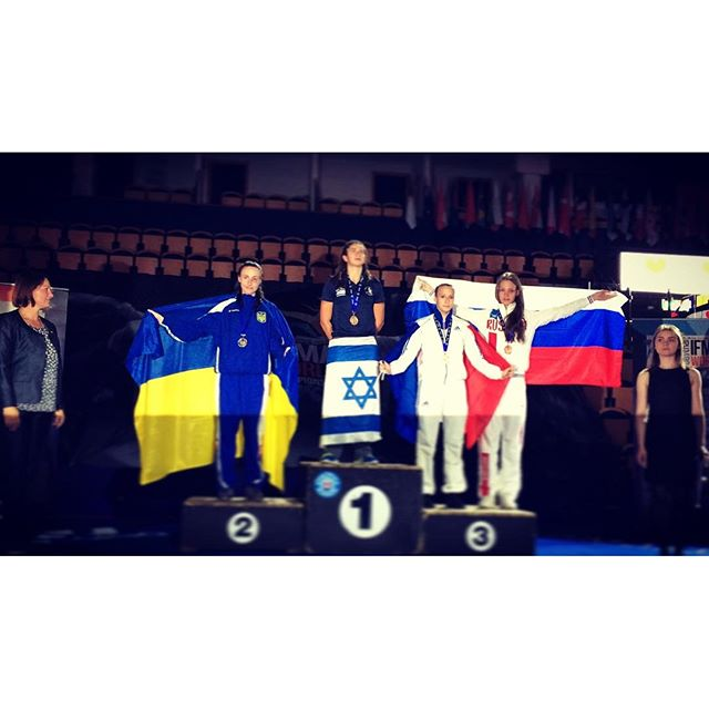 Israeli fighter Nili Block wins gold at 2016 Muaythai World Championship. Photo via Instagram