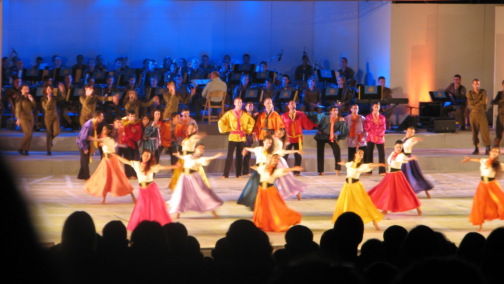Photo of Karmiel Dance Festival via Wikimedia Commons.
