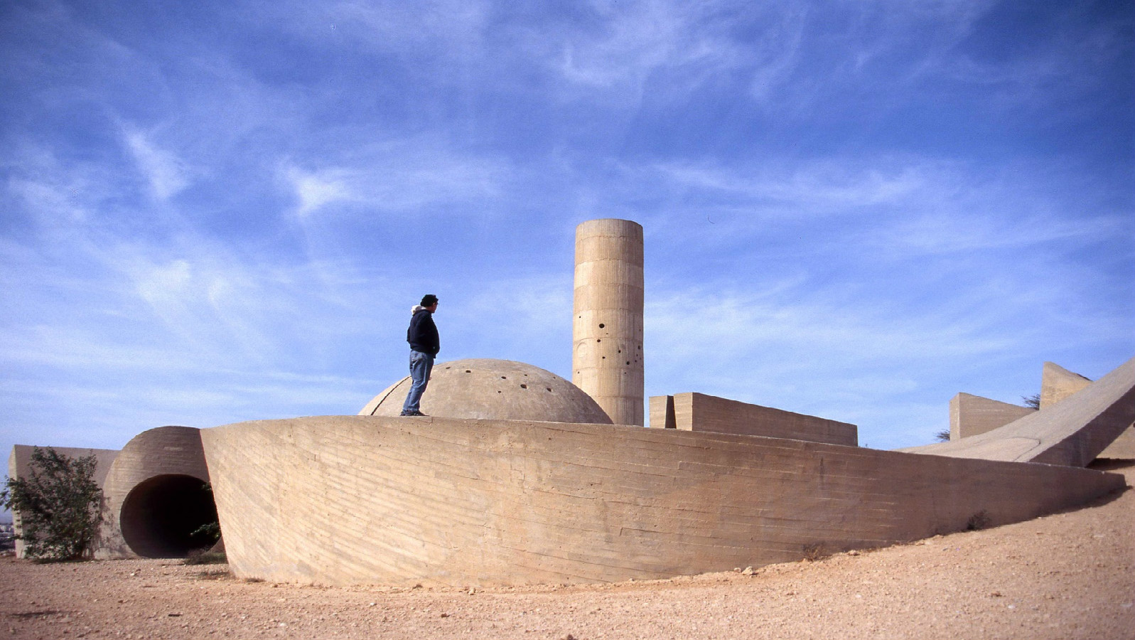 Monument to the Negev Brigade. Photo courtesy of the Ministry of Tourism