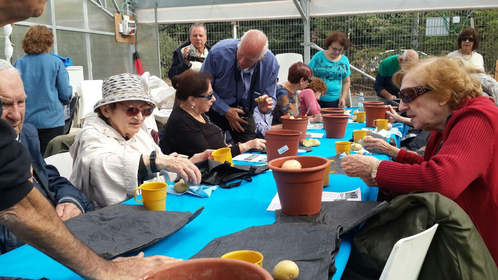 A seniors and Holocaust survivors program at the Jerusalem Botanical Gardens. Photo: courtesy