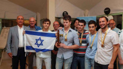 Team Israel celebrates its win at the European Youth U18 Team Chess Championship 2016 in Celje, Slovenia. Photo via European Chess Union/Facebook
