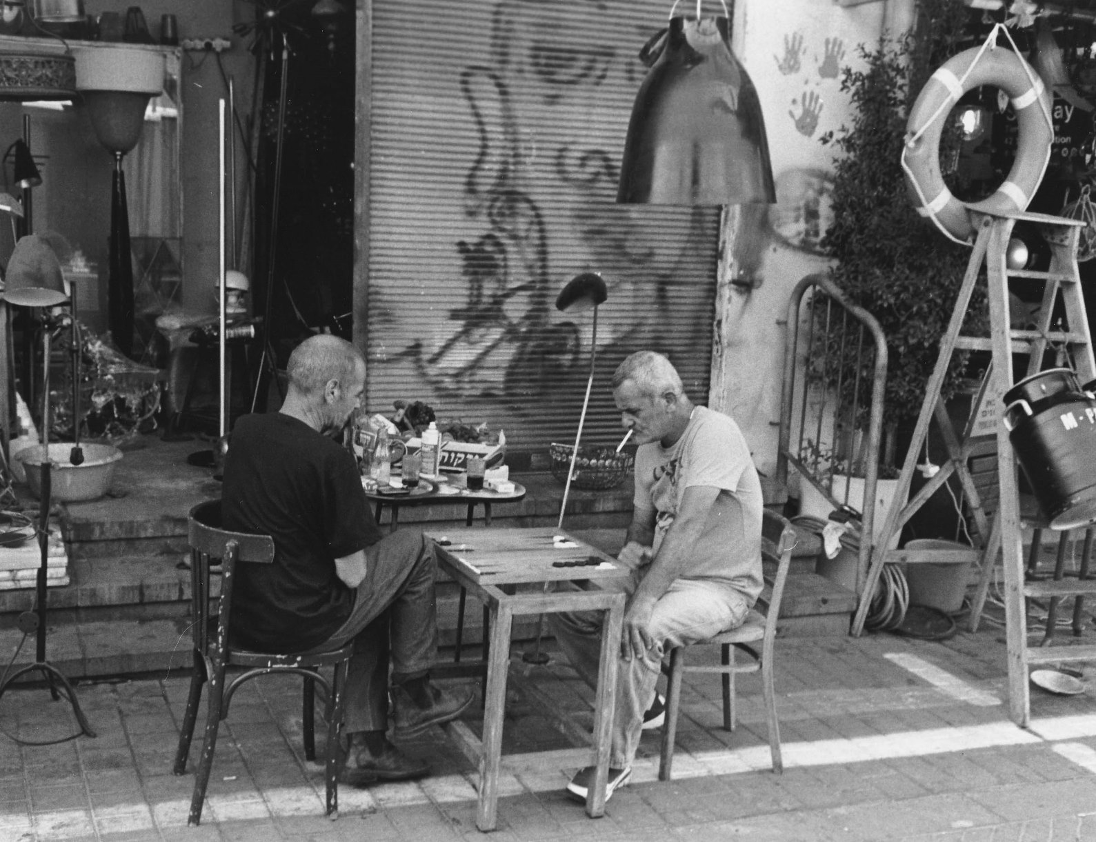Backgammon players in Old Jaffa. Photo by Paul Margolis