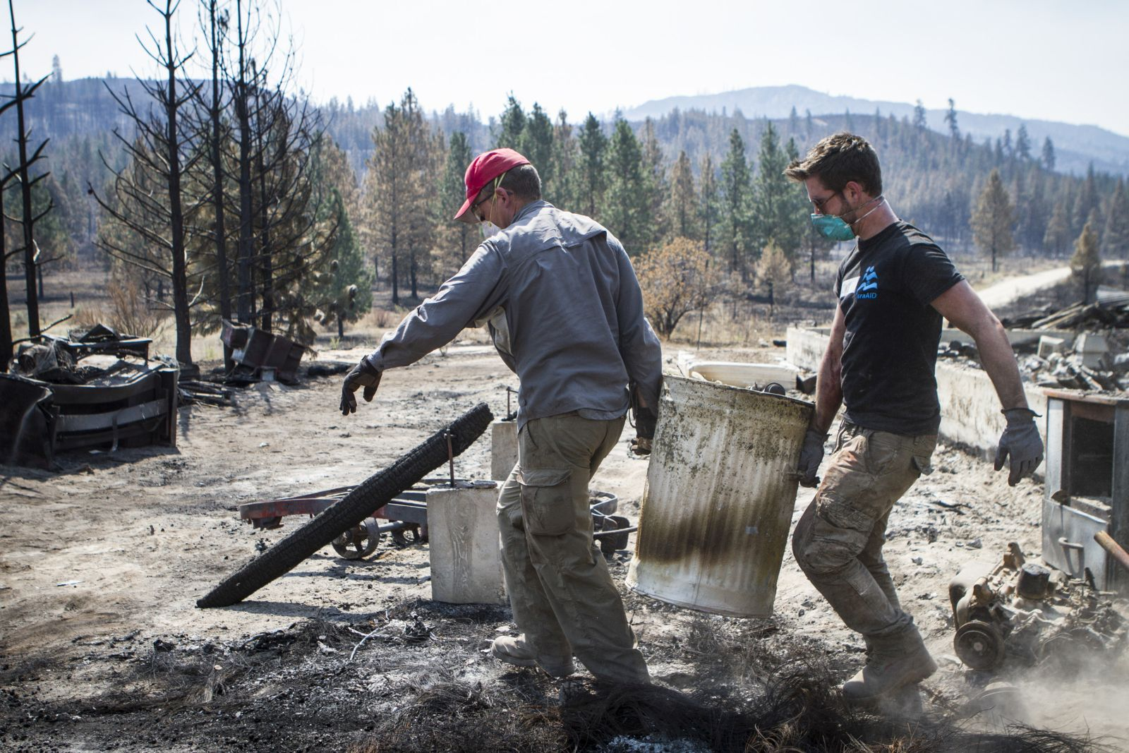 IsraAid workers clearing up after the wildfire in Washington State. Photo by Mickey Noam-Alon, IsraAid