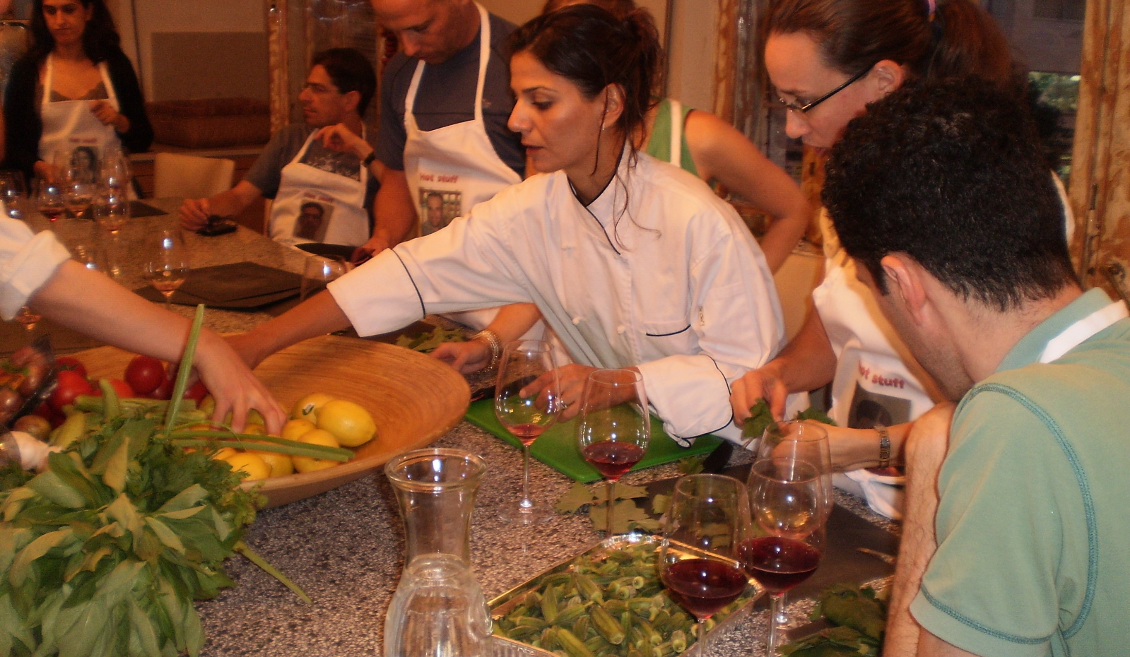 Tali Friedman cooking with tour participants. Photo: courtesy