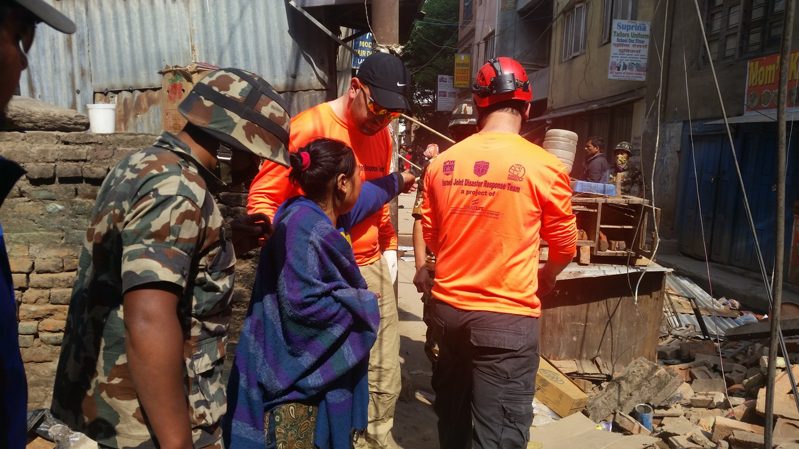 Israeli search-and-rescue volunteers in Nepal, April 2015. Photo courtesy of United Hatzalah/Israelife