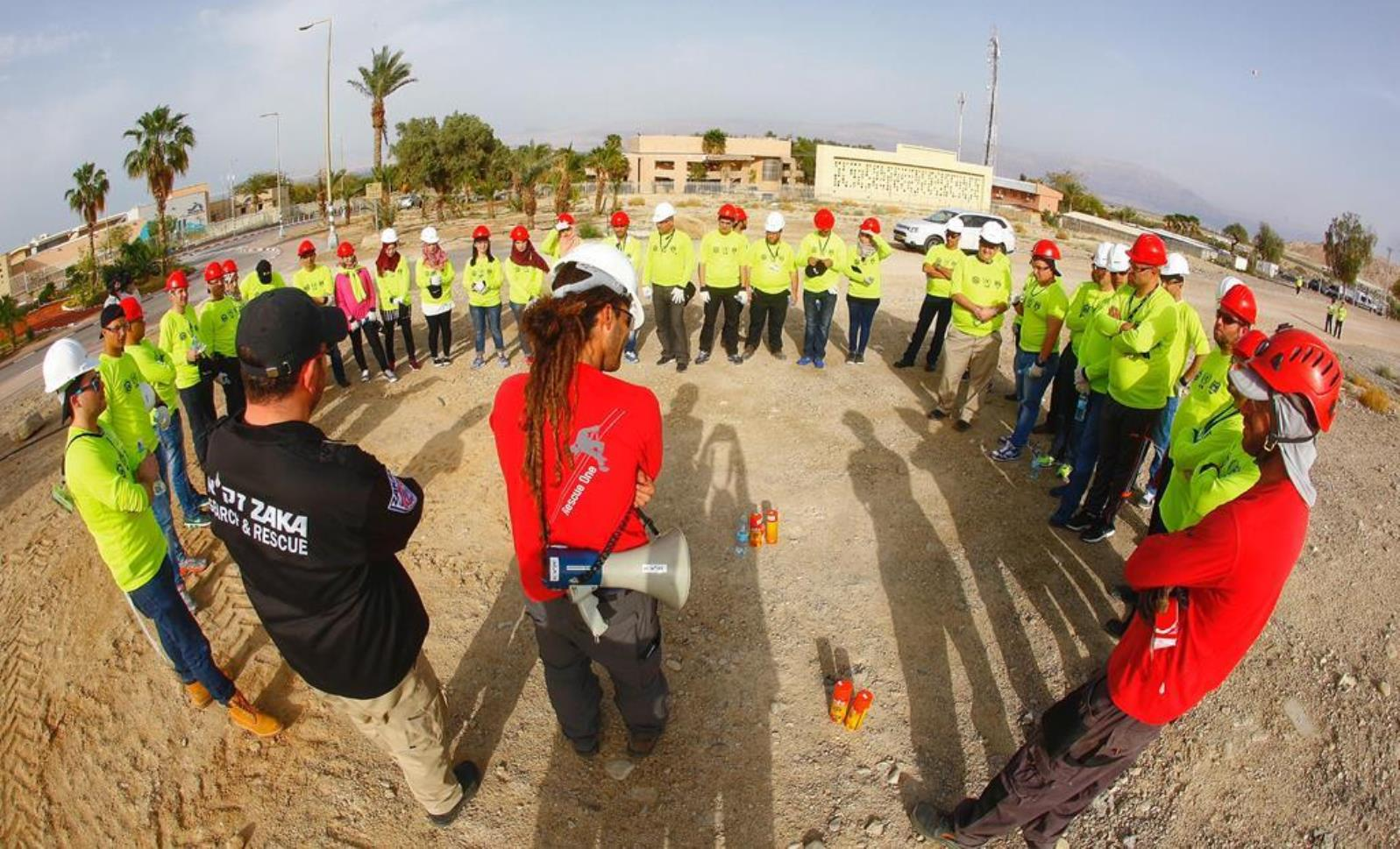 ZAKA and Rescue One teaching emergency preparedness to Israeli and Palestinian volunteers in April 2016. Photo: courtesy