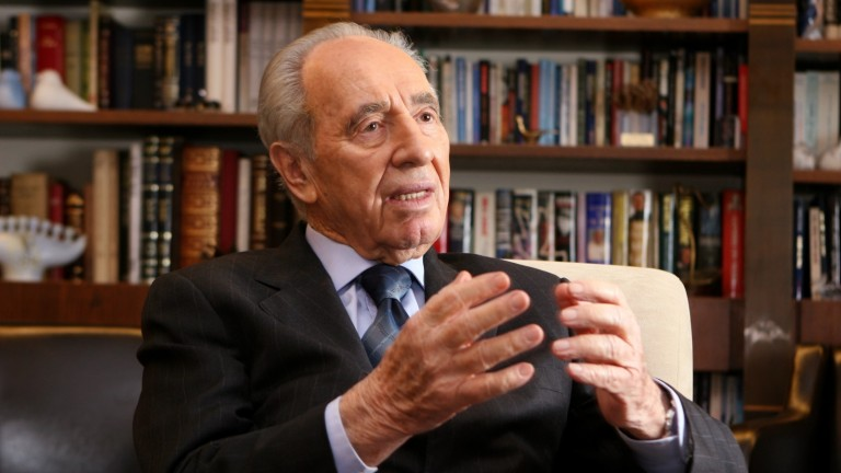 Portrait of Shimon Peres in the presidential office in Jerusalem, March 5, 2008. Photo by Yossi Zamir/FLASH90