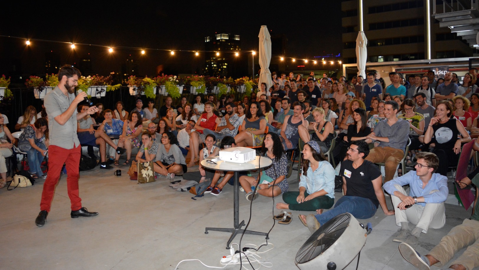 Roy Povarchik, a Tel Aviv growth consultant for startups, speaking at F***up Nights Tel Aviv. Photo courtesy of FUN Tel Aviv