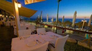 Dining at Al Hamayim in Herzliya. Photo via Facebook