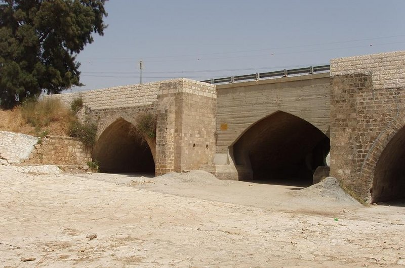 Ad Halom Bridge in Ashdod. Photo via Wikimedia Commons