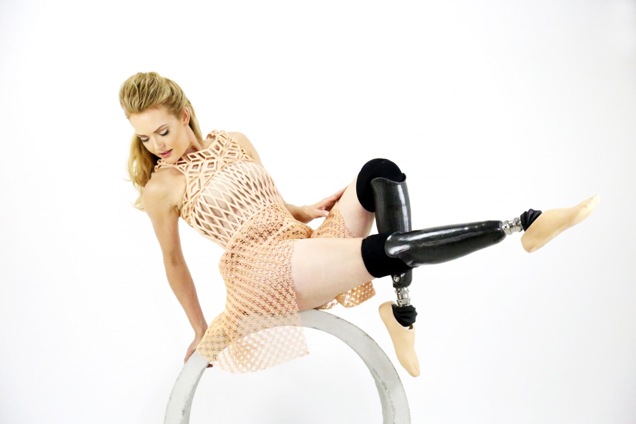 Amy Purdy danced in Israeli designer's 3D-printed dress at Rio Paralympics. Photo by Danit Peleg
